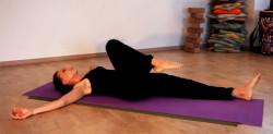 Гимнастика для тазобедренных суставов от Людмилы Капиевской (2 видео)