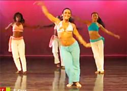 Танцевальная тренировка от Кении Рибейро