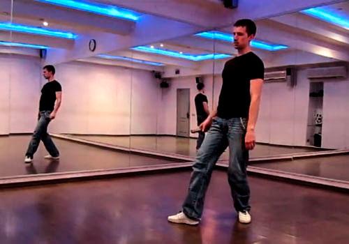 Как танцевать на дискотеке парню?
