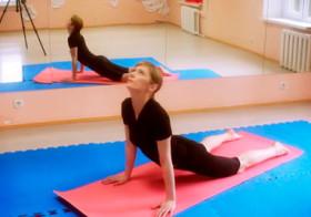 Упражнения для позвоночника – 7 упражнений по 7 повторений