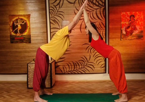Парная йога для начинающих — фотоконспект