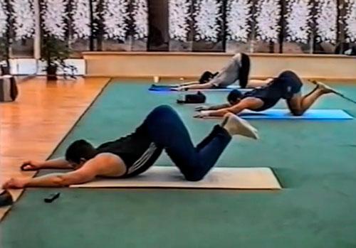 Упражнения для растягивания позвоночника при грыжах межпозвоночных дисков