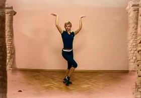 Урок танцевальной аэробики в египетском стиле