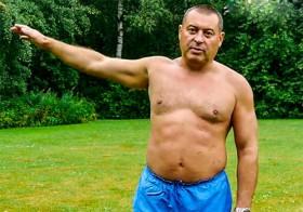 Разминка для позвоночника: упражнения для рук