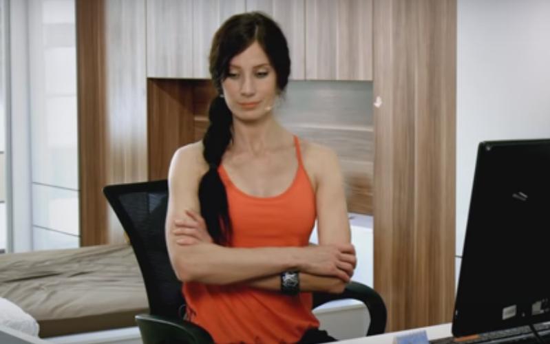 Йога в офисе с Оксаной Роговой