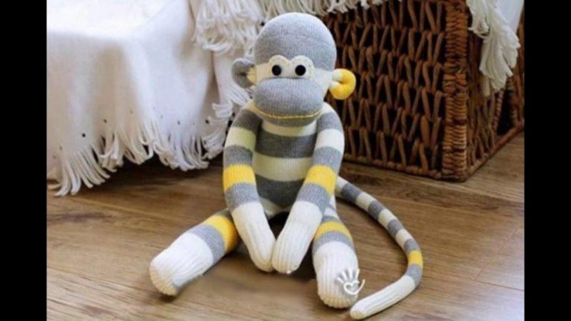 Игрушки из носков — видео-канал «Всё Для Детей»